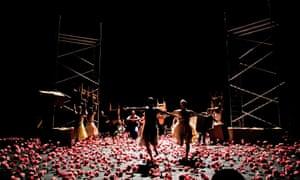 Pina Bausch's Belken (Carnations)