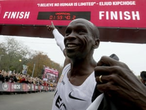 Kipchoge points to the clock after completing four laps of a 9.4km circuit in the Prater, a park in the centre of the Austrian capital.