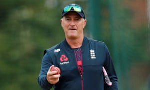 Graham Thorpe wants positive partnerships from the England batsmen on Monday.