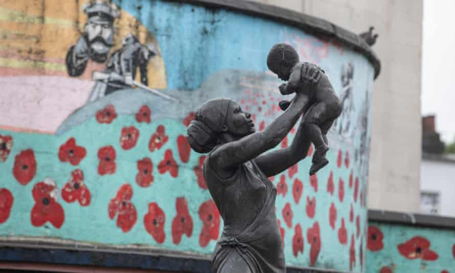 The bronze woman in Stockwell, London, depicts a woman of African descent