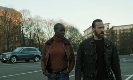 Florence Kasumba and Falk Hentschel in Spides.