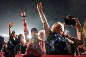 Supporters of U.S. President Donald Trump attend his campaign event at the Harrisburg International Airport in Middletown, Pennsylvania, U.S., September 26, 2020. REUTERS/Joshua Roberts TPX IMAGES OF THE DAY