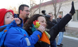 Rebecca Peake with son Oliver waves as Tim leaves the Cosmonaut hotel