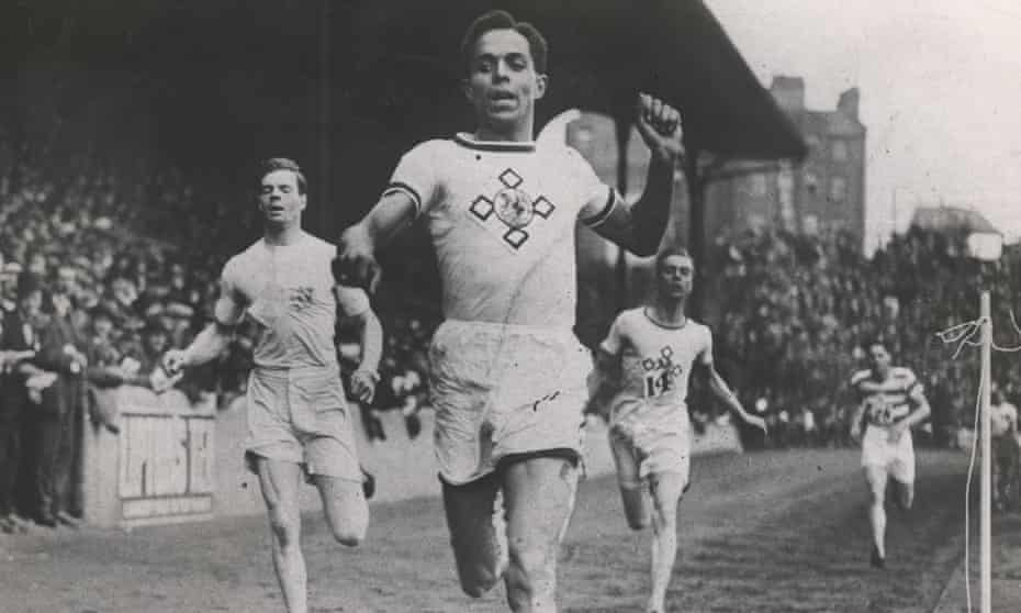 Harry Edward competes during his record-breaking  AAA championships on 1 July 1922