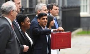 Rishi Sunak with Treasury staff in Downing Street, 11 March 2020