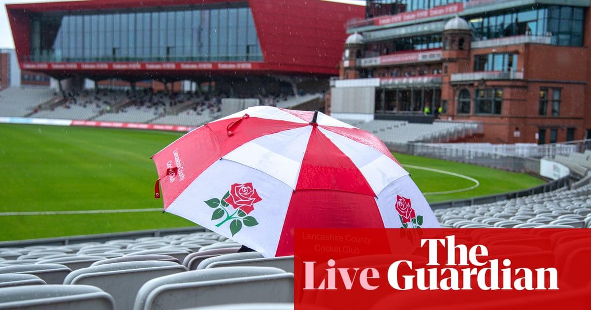 County cricket day two: Lancashire v Kent, Warwickshire v Durham – live!