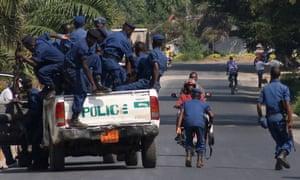 Burundian police set up a roadblock in Bujumbura in response to recent violence