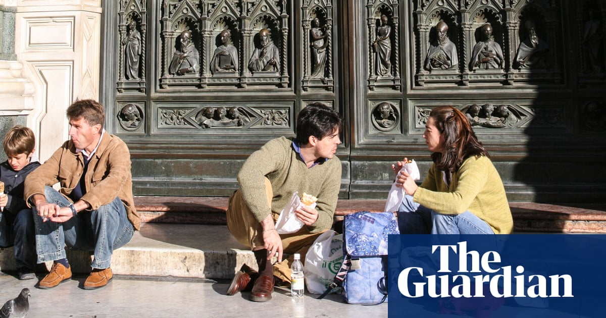 https://www.theguardian.com/lifeandstyle/shortcuts/2018/sep/05/sensible-idea-or-snobbery-is-florence-right-to-ban-eating-in-the-streets?CMP=Share_iOSApp_Other