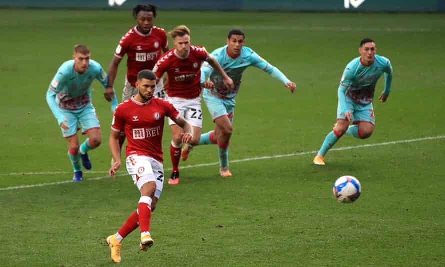 Bristol City's Nahki Wells scores from the penalty spot