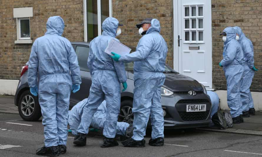 London crimeForensic officers search Chalgrove Road in Tottenham, north London, where a 17-year-old girl died after she was shot on Monday evening. PRESS ASSOCIATION Photo. Picture date: Tuesday April 3, 2018. Later, police in nearby Walthamstow found two young victims suffering from gun shot and knife wounds. See PA story POLICE Tottenham. Photo credit should read: Jonathan Brady/PA Wire