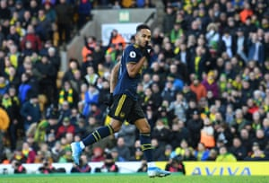 Aubameyang celebrates scoring the second equaliser for Arsenal.
