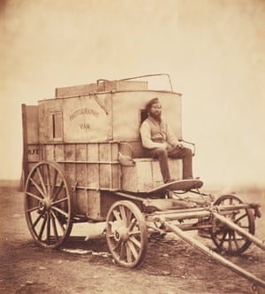 Fenton's horse-drawn photographic van, with his assistant Marcus Sparling.