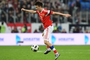 Russia's midfielder Alexander Golovin