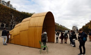 The Armadillo Tea Canopy by Ron Arad, shown at the 43rd edition of the FIAC international contemporary show, Paris