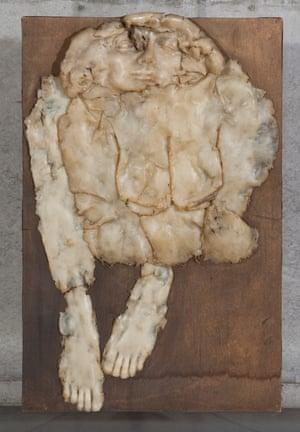 Alina Szapocznikow, Self-portrait - Herbarium, 1971. Polyester and polychrome wood. Photograph: courtesy the Estate of Alina Szapocznikow/Piotr Stanislawski / Galerie Loevenbruck, Paris. Photograph Bartek Buśko.