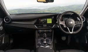 A driver's dream: the calming and intuitively designed cockpit of the Alfa Romeo Giulia