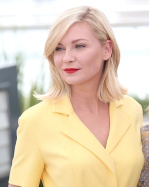 Kirsten Dunst in yellow at Cannes.