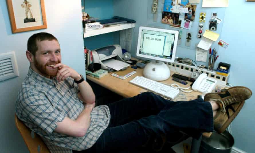Dave Gorman at work