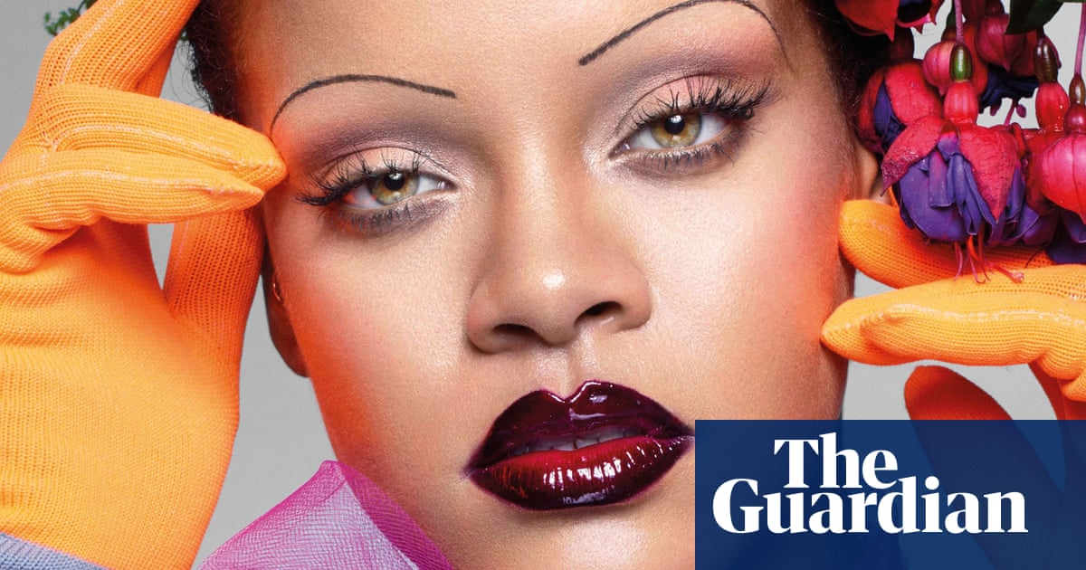 Plucking Hell Are Ultra Thin Eyebrows Making A Comeback Fashion