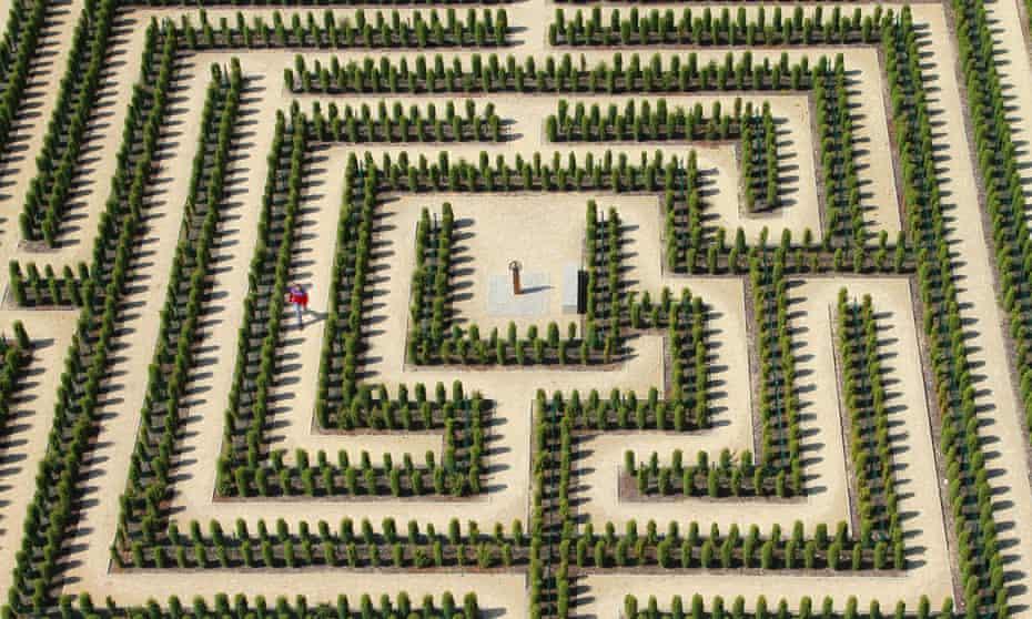 Illustration of a man walks through a labyrinth