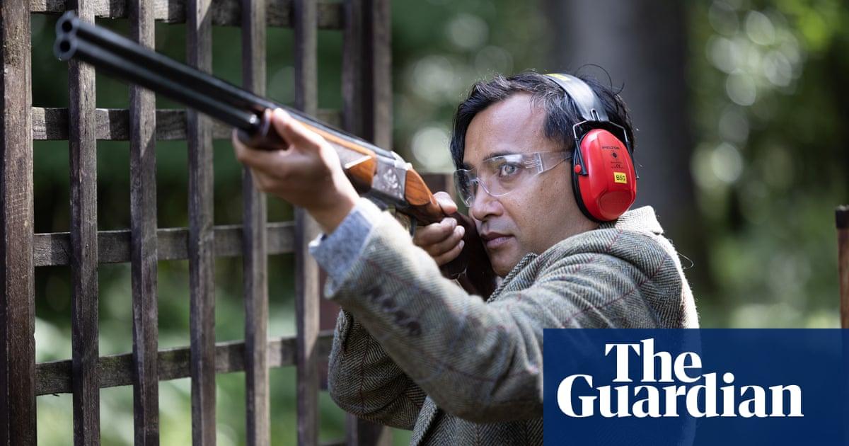 Rhik Samadder tries … clay pigeon shooting: 'I am a townie holding a little gun, dressed as Rupert Bear'