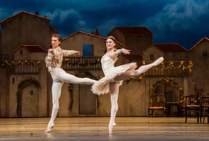 Marianela Nuňez and Vadim Muntagirov in Don Quixote by the Royal Ballet at Royal Opera House.