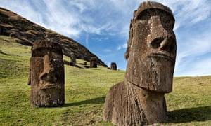 Estátuas Moai da Ilha de Páscoa