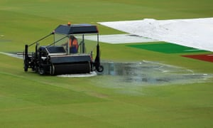 India v New Zealand: Cricket World Cup semi-final to resume on