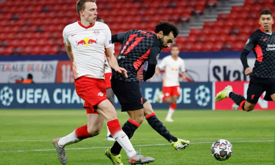 Mo Salah scores Liverpool's first goal in the first leg against RB Leipzig