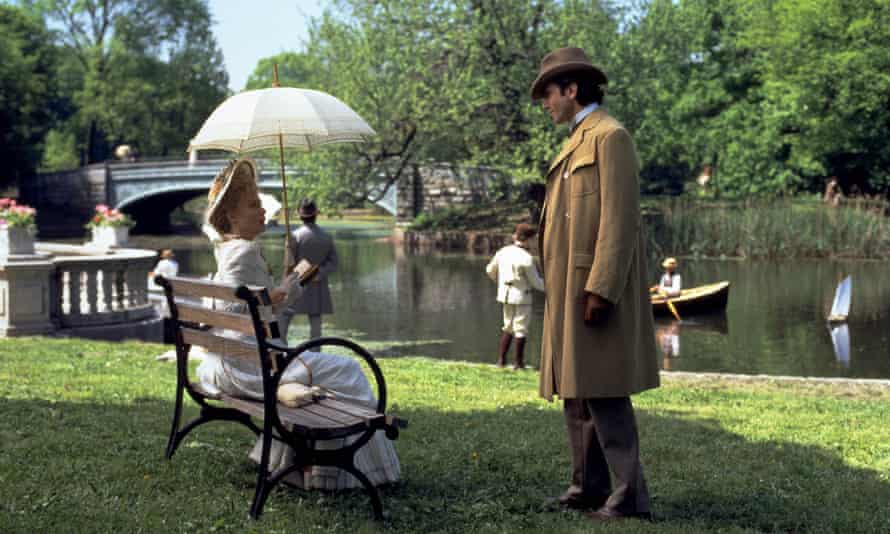 Michelle Pfeiffer and Daniel Day-Lewis in Martin Scorsese's 1993 adaptation of The Age of Innocence.