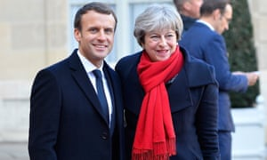 Emmanuel Macron welcomes Theresa May to the Élysée Palace in December