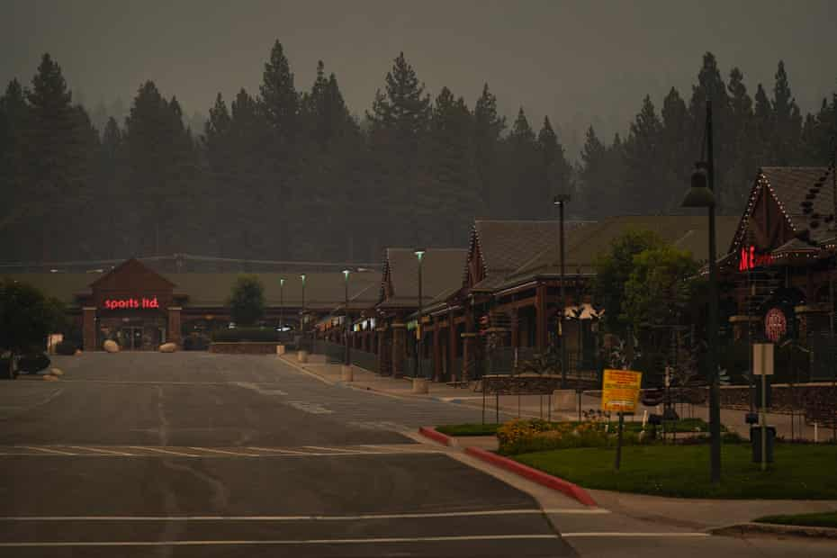 A shopping center is empty after people are ordered to evacuate the area due to the Caldor fire.
