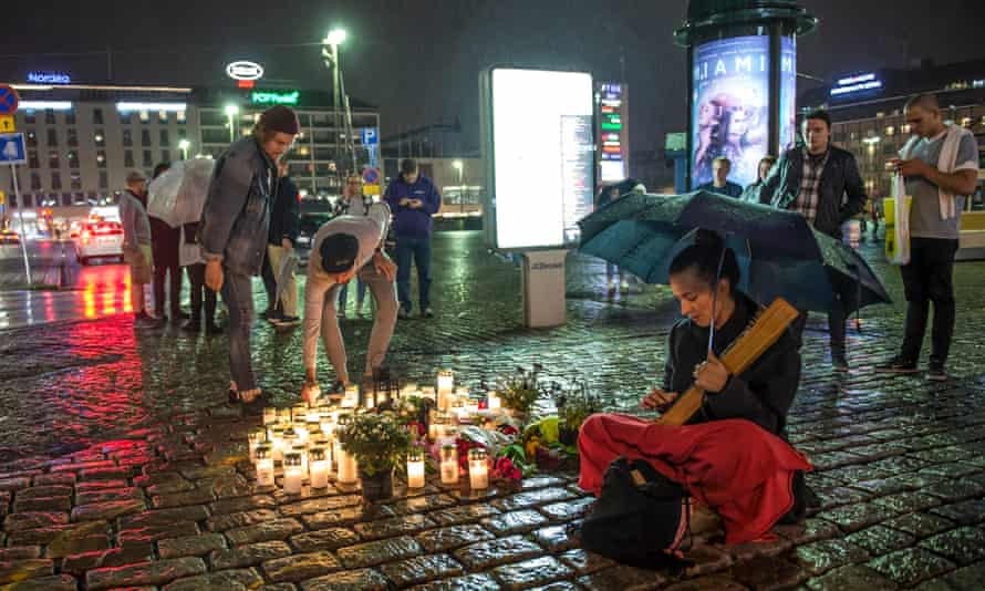 Candles are lit on Turku's main square