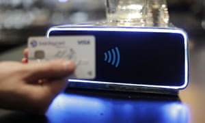 Contactless payment at the beer pump