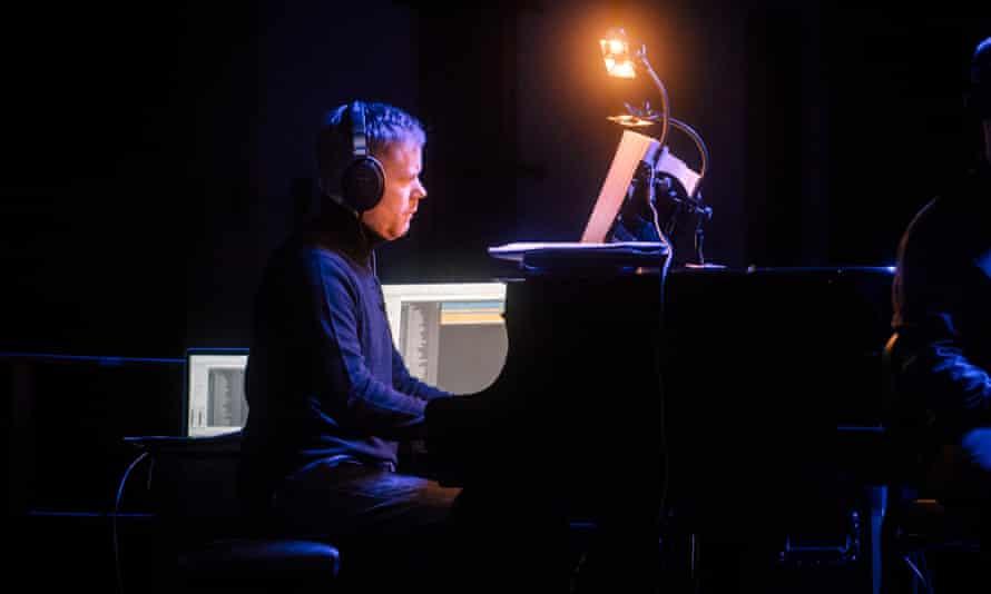 Max Richter performing Sleep in Berlin.