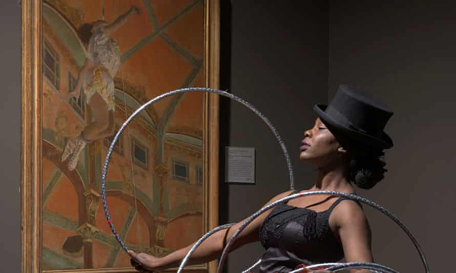 Blaze Tarsha in front of the Degas painting