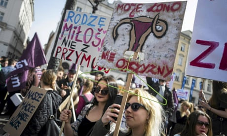 Thousands protest against proposed stricter abortion law in Poland