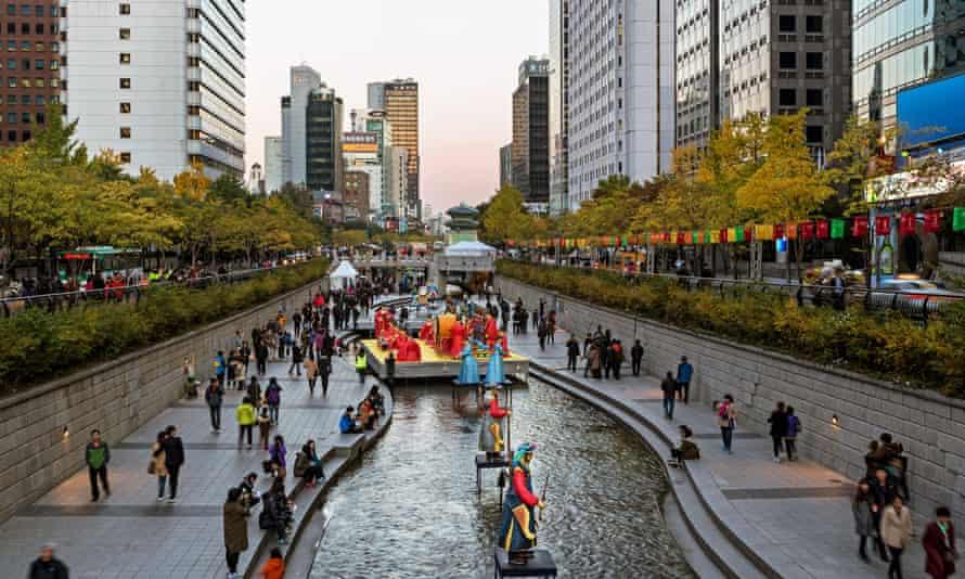 Lantern Festival held annually along the Cheonggyecheon Stream, Seoul.