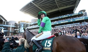 Liam Treadwell rode Mon Mome in the 2009 Grand National after picking up the ride from Venetia Williams.