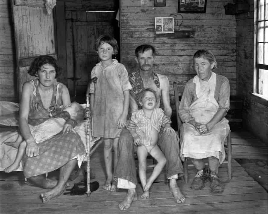 Walker Evans: Sharecropper's Family, Hale County, Alabama 1936