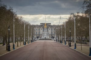 Buckingham Palace on the eighth day of the UK lockdown.