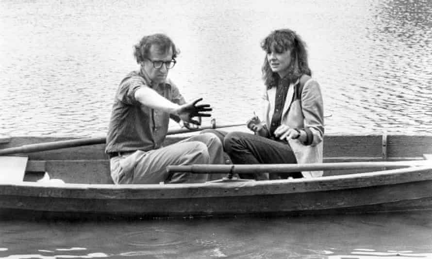 Diane Keaton, Woody Allen and some old-fashioned Central Park filth, in Manhattan (1979).