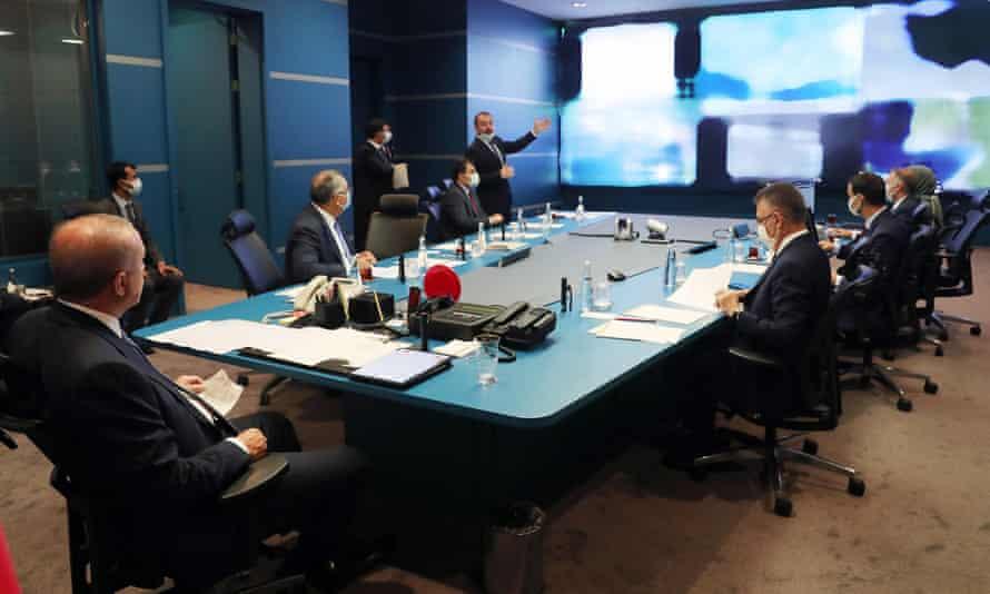 President Erdogan at a briefing in Ankara on Turkey's wildfires