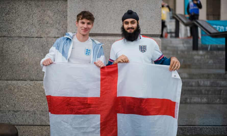 Alex cowling [with flag] and Devan Wasam.