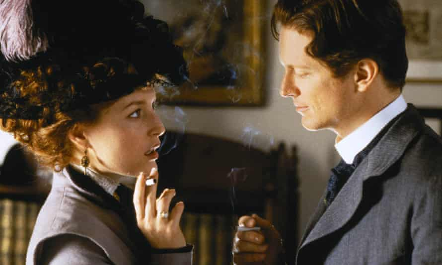 Gillian Anderson and Eric Stoltz in The House of Mirth.