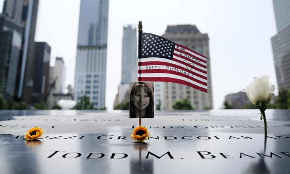 A total of 2,977 people were killed in the 9/11 attacks. Two planes struck the World Trade Center, one hit the Pentagon, and a fourth plane crashed in Pennsylvania.