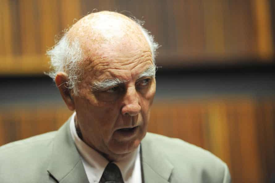 The tennis coach Bob Hewitt in court in 2015