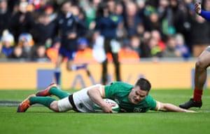 Sexton scores Ireland's second try.