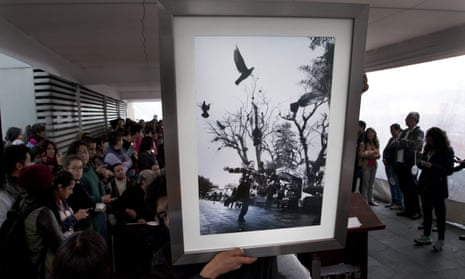 A photograph by murdered photojournalist Ruben Espinosa at an auction at the museum to raise money for his family.