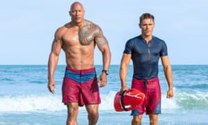 Dwayne Johnson and Zac Efron in Baywatch.
